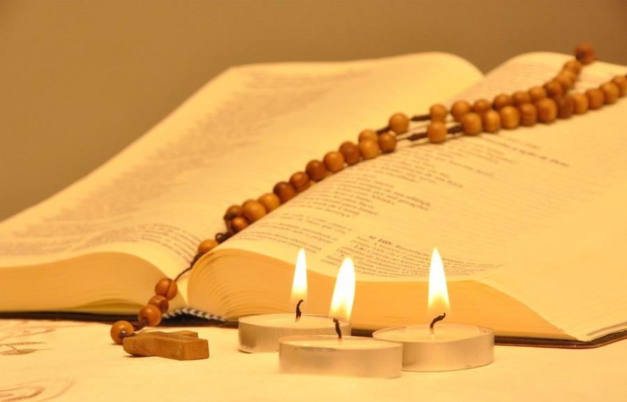 Mercoledì 25 Marzo – Preghiera comunitaria del Rosario